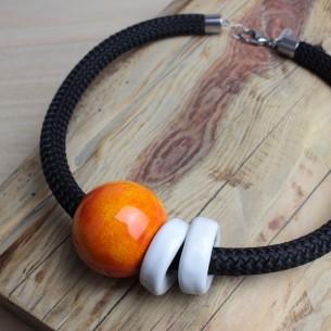 Collana con perle grandi e corda intrecciata climbing cord