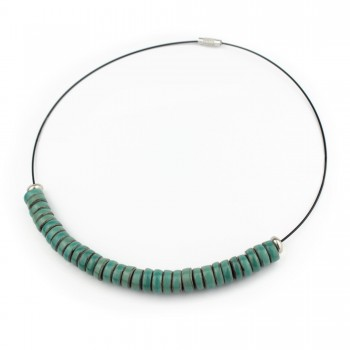 Collana con perle Heishi in argilla nera e smalto TURCHESE